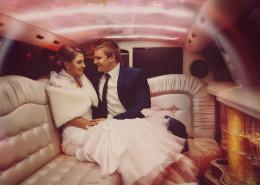Lllegar a la boda en limusina Hummer