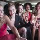 Mujeres en limusina Hummer